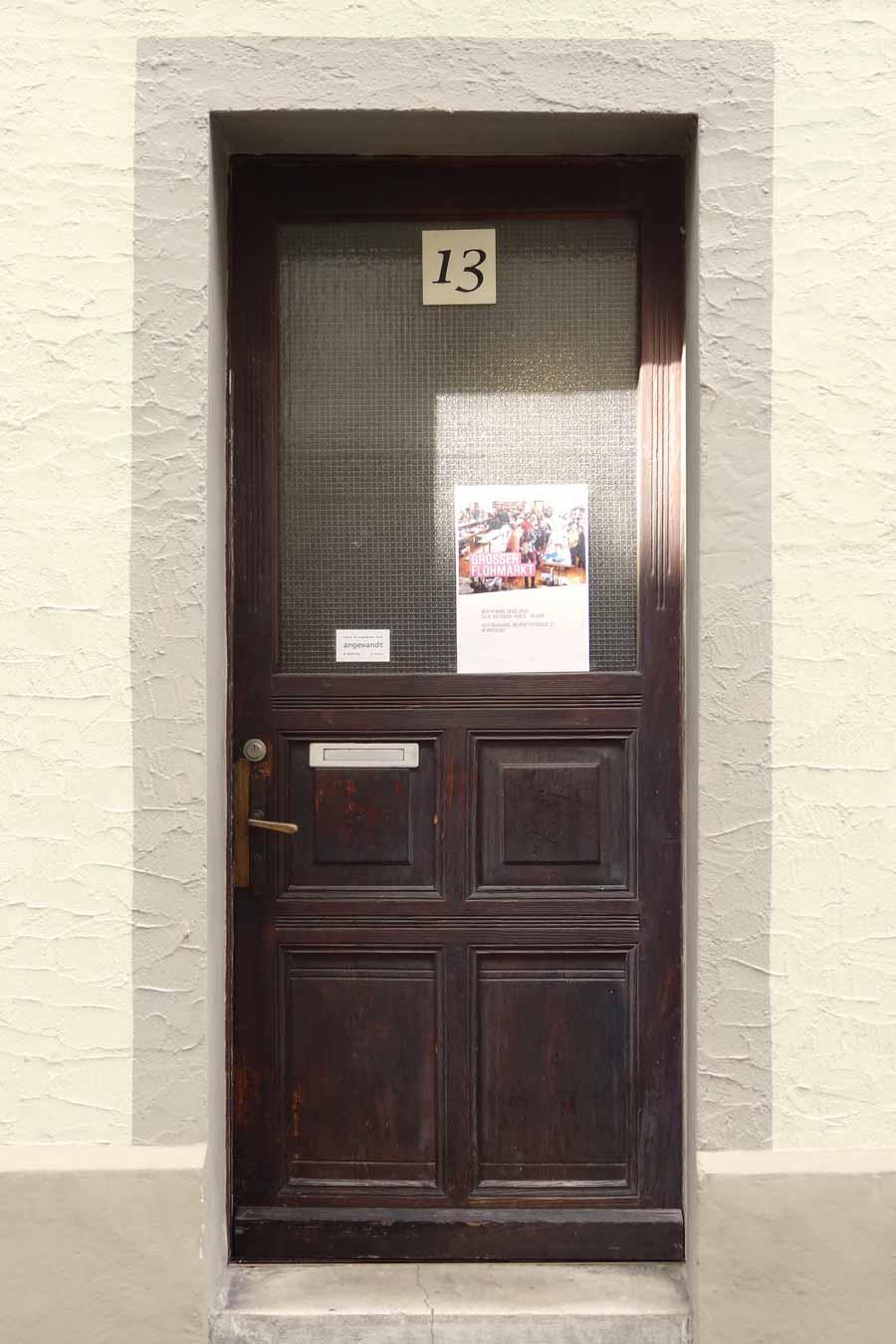 Haustür vor der Renovierung
