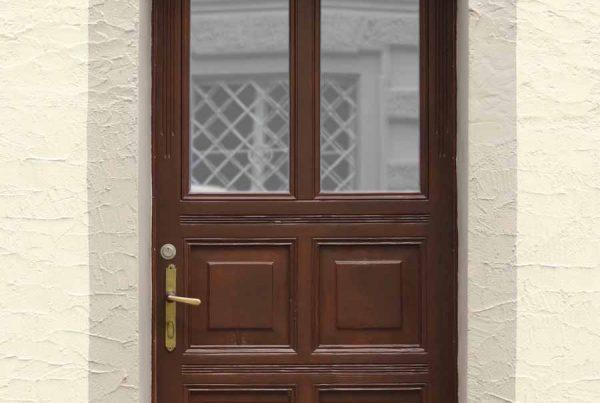 Haustür nach der Renovierung